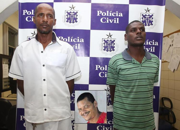 Laganha e Tônico disseram que o responsável pelo crime foi Mazinho (detalhe), já preso - Foto: Joá Souza l Ag. A TARDE