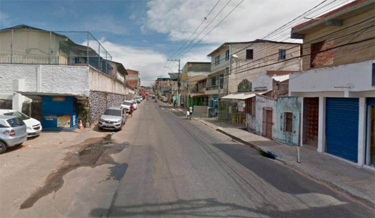 Dois homens foram encontrados mortos em frente ao Colégio Dom Avelar - Foto: Reprodução | Google Maps