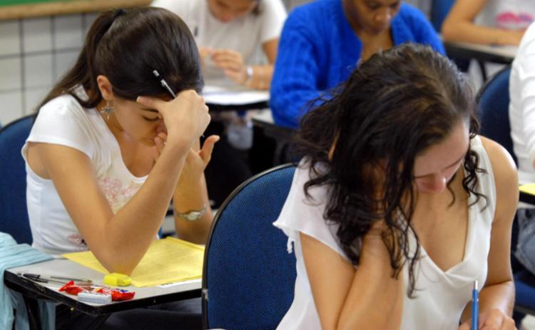 No próximo domingo, 12, serão aplicadas as provas de matemática e ciências da natureza (química, física e biologia) - Foto: Arquivo l Agência Brasil