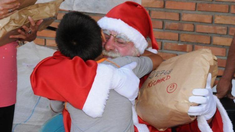 Crianças podem enviar cartas com os pedidos para Papai Noel - Foto: Divulgação   Correios