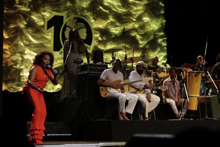Margareth Menezes foi uma das atrações da noite - Foto: Mila Cordeiro l Ag. A TARDE