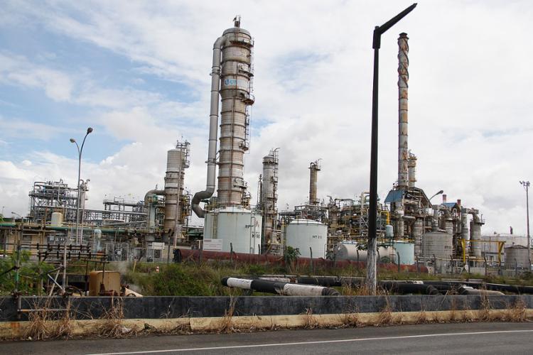 Nos últimos dois anos, a Braskem investiu R$ 400 milhões para adaptar a produção baiana para o gás etano - Foto: Joá Souza l Ag. A TARDE l 17.7.2014