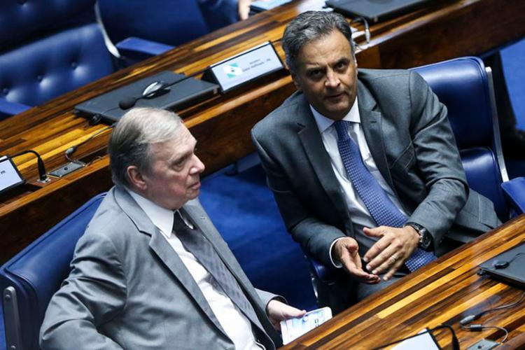 Tasso Jereissati e Aécio Neves tiveram uma discussão dura na manhã desta quinta-feira - Foto: Marcelo Camargo l Agência Brasil