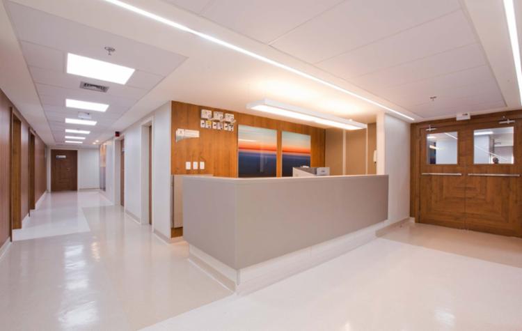 Com reforma, unidade oferece mais agilidade no atendimento e ambientes confortáveis aos pacientes - Foto: Divulgação