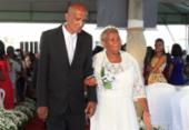 Cerimônia coletiva oficializa união de 50 casais em Amaralina | Foto: Mila Cordeiro l Ag. A TARDE
