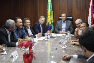 Instalação de policlínica em Conquista é discutida entre o governador e prefeitos