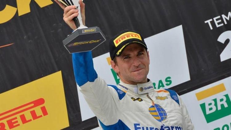 Daniel Serra conquistou seu primeiro título na Stock Car - Foto: Divulgação