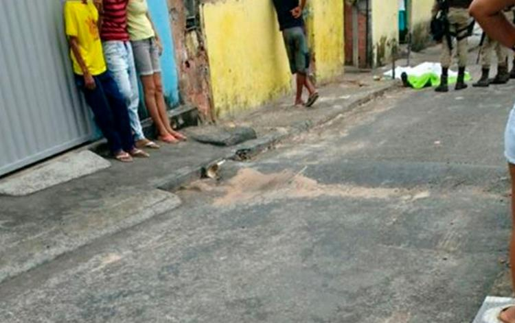 O crime aconteceu no Bairro da Bomba, em Camaçari - Foto: Reprodução   Pega Visão Camaçari