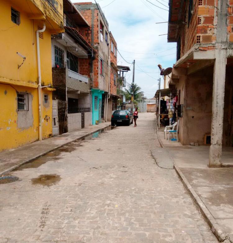 Havia mais de 30 moradores da rua quando aconteceu o crime, segundo vítima - Foto: Raul Aguilar | Ag. A TARDE