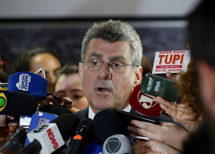 O líder do governo no Senado disse não saber o número de votos já declarados a favor da proposta - Foto: Wilson Dias l Agência Brasil