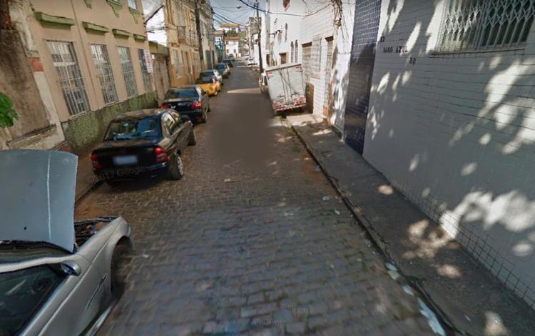 Crime aconteceu na rua Domingos Caetano enquanto a vítima dormia - Foto: Reprodução | Google Street View