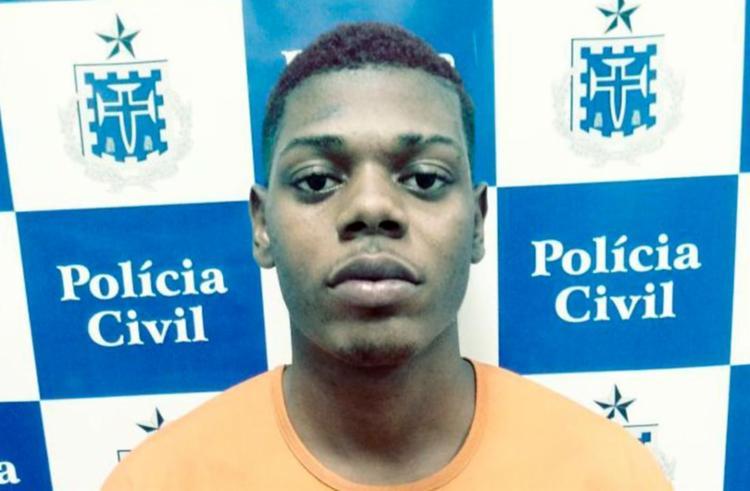 Vandilson foi detido com drogas e munições - Foto: Divulgação | PC-BA