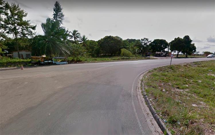 Acidente aconteceu próximo ao entroncamento de Salinas da Margarida - Foto: Reprodução | Google Street View