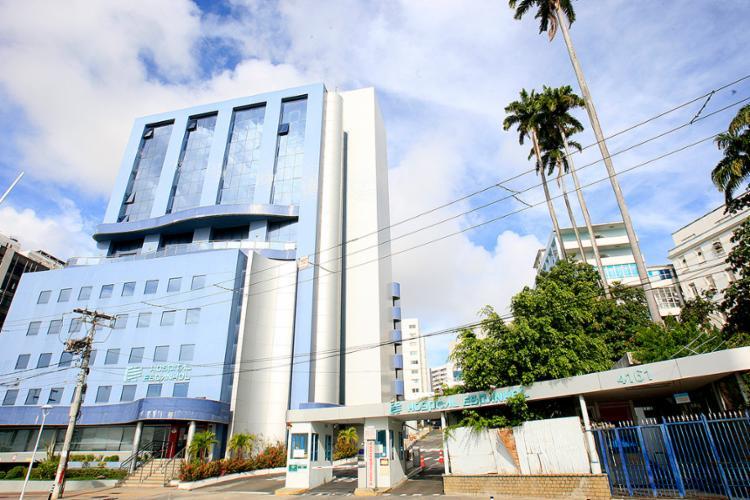 O que sobrou da instituição filantrópica, mantida aberta até 2014 - Foto: Mila Cordeiro l Ag. A TARDE
