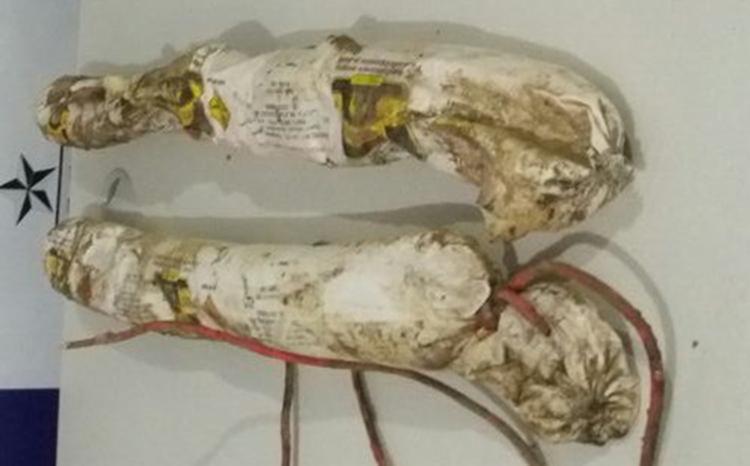 Material foi encontrado escondido entre pedras - Foto: Divulgação   SSP