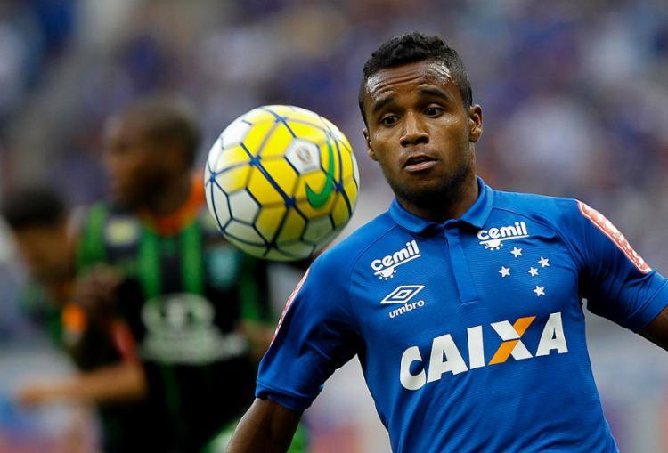 Atacante Élber realizou 39 partidas pelo Cruzeiro em 2017 e fez um gol - Foto: Washington Alves l Divulgação