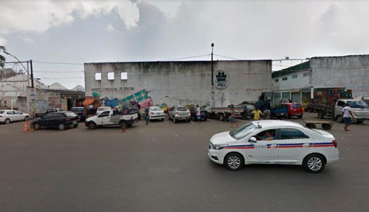 Vítima foi atingida na cabeça e morreu no local - Foto: Reprodução | Google Street View