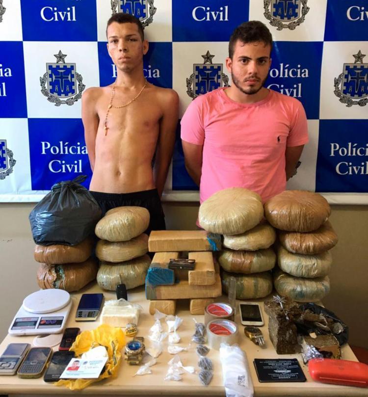 A dupla foi autuada por tráfico de drogas e encaminhada ao sistema prisional - Foto: Divulgação | SSP-BA