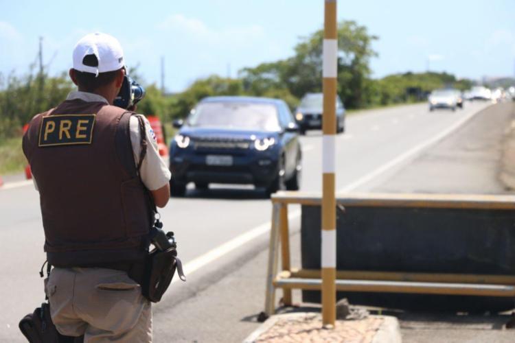 Foram instalados radares móveis em Arembepe, Barra do Jacuípe, Guarajuba e Praia do Forte/ - Foto: Divulgação | SSP