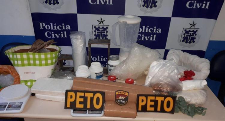 A droga apreendida foi levada para a delegacia do município - Foto: Divulgação | SSP-BA