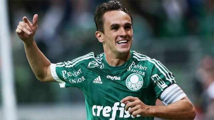 Lucas tem contrato com o Palmeiras até o final de 2018 - Foto: Cesar Greco l AG Palmeiras l Divulgação