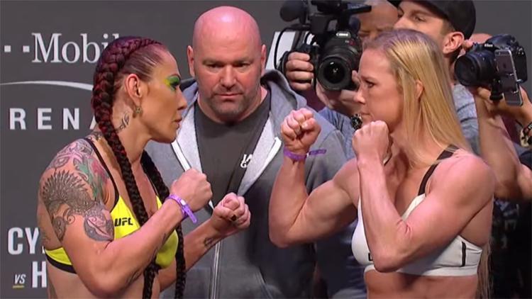 Cris Cyborg durante encarada com Holly Holm para o UFC 219 - Foto: Reprodução l Youtube