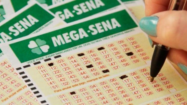 Os sorteios da Mega ocorrem duas vezes por semana, às quartas e aos sábados - Foto: Reprodução