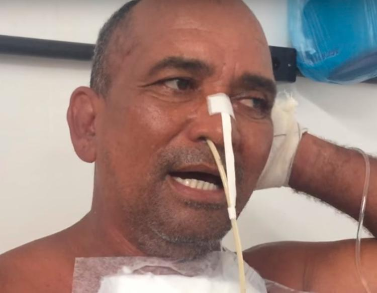 Vaqueiro precisou ser operado para remover a prótese dentária - Foto: Reprodução  YouTube
