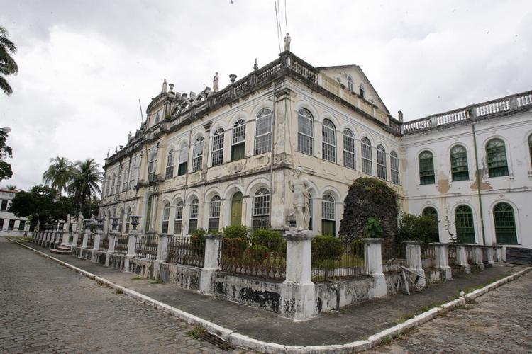 O casarão histórico do abrigo localizado na Cidade Baixa passará por reforma - Foto: Luciano da Matta l Ag. A TARDE l 26.10.2017