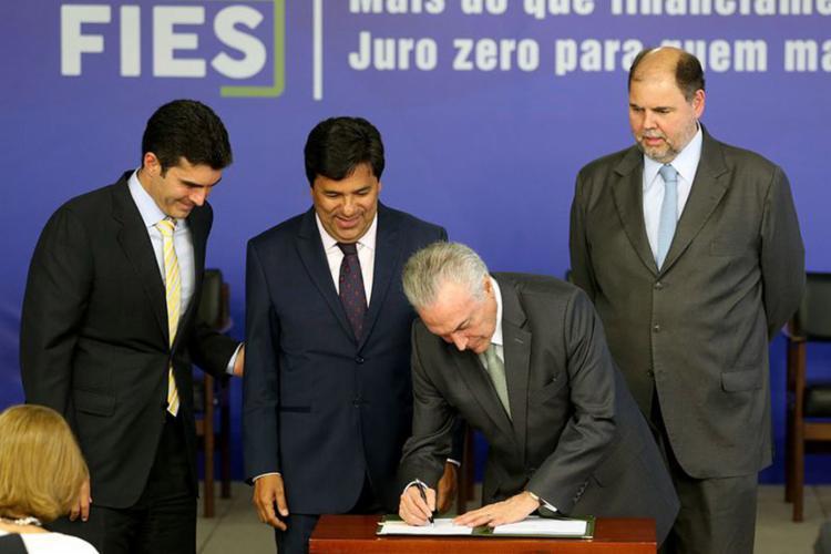 Presidente disse que medida é exemplo de educação para o século 21 - Foto: Wilson Dias l Agência Brasil