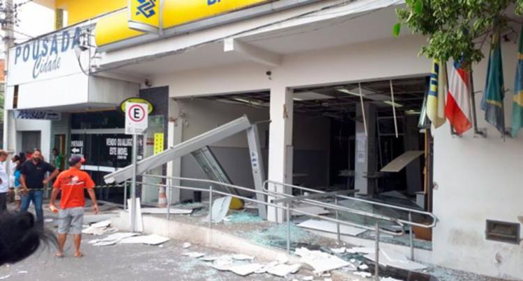A estrutura das agências ficaram destruídas - Foto: Reprodução | A voz do campo