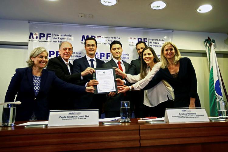 Ato reuniu Pedro Parente e representantes do MPF e da PF - Foto: Heuler Andrey | AFP
