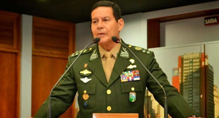 Mourão elogiou a pré-candidatura do deputado e capitão da reserva Jair Bolsonaro - Foto: Reprodução