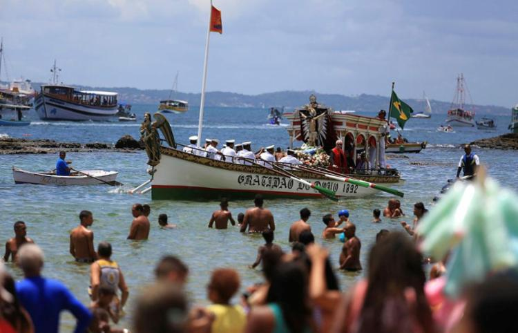 Galeota Gratidão do Povo faz parte da celebração desde 1892 - Foto: Joá Souza | Ag. A TARDE | 01.01.2016