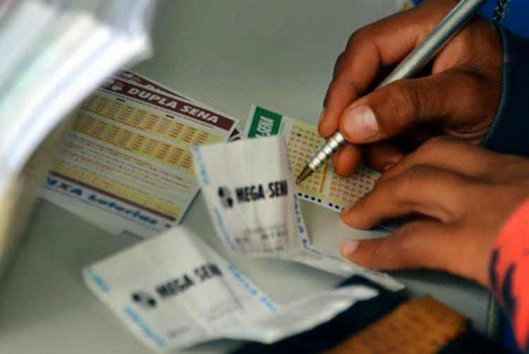 Cada apostador levará um prêmio de R$ 10.251.126,97 - Foto: Wilson Dias   Agência Brasil