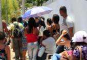 Eleitores lotam TRE no 1º domingo de atendimento para recadastramento biométrico | Foto: Mila Cordeiro | Ag. A TARDE | 21.01.2018