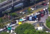 Vazamento de água deixa trânsito lento na altura do Detran | Foto: Divulgação | Transalvador