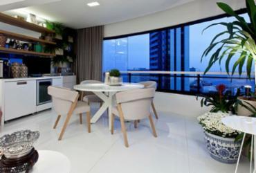 Varanda com decoração acolhedora é um espaço para socializar e relaxar   Xico Diniz   Divulgação