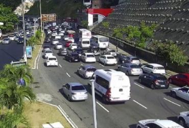 Colisão deixa motociclista ferido e complica trânsito no Dique do Tororó | Divulgação | Transalvador