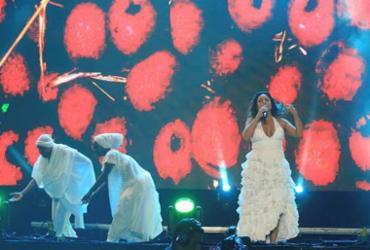 Daniela reverencia os orixás em tradicional show de início de ano