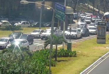 Obra da Coelba deixa trânsito lento na avenida Garibaldi | Divulgação | Transalvador