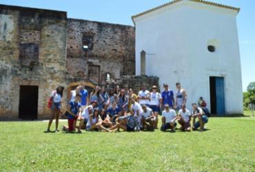Estudantes do município de Valente visitam Praia do Forte