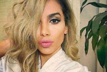 Anitta muda o visual e agora está loira
