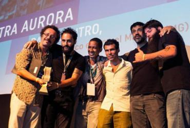 Mostra de Cinema de Tiradentes 2018 premia filme 'Baixo Centro' | Beto Staino | Universo Produção