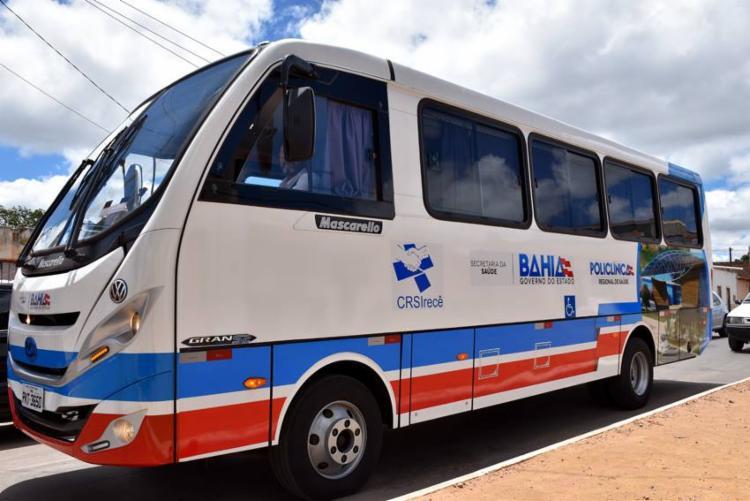 O ônibus atenderá, de forma gratuita e exclusiva, as pessoas que forem utilizar os serviços de saúde pré-agendados na policlínica, em Irecê - Foto: Divulgação