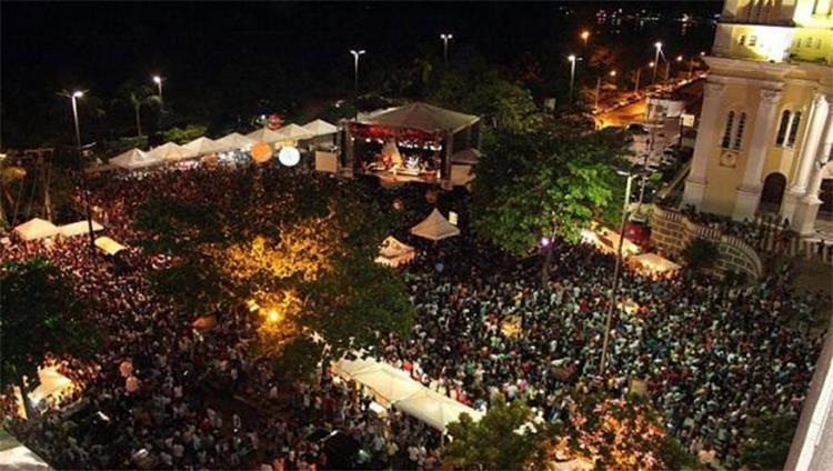 Prefeito decidiu suspender a festa por causa das dificuldades financeiras do município - Foto: Reprodução | Guiadaboa