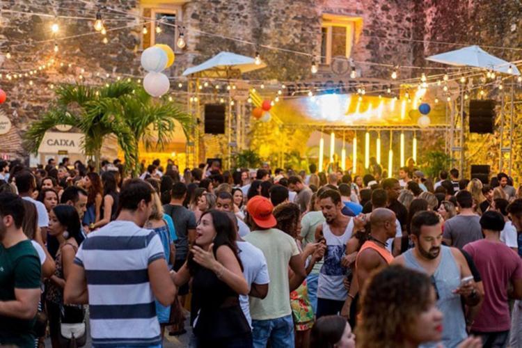 Mais de 20 rótulos de cervejas artesanais são comercializadas no evento - Foto: Divulgação | Biergarten