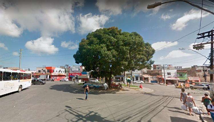 Veículo foi tomado de assalto no Largo do Tamarineiro - Foto: Reprodução | Google Maps