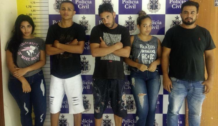Com os suspeitos, foram encontrados cerca de R$ 1 mil em cédulas manchadas - Foto: Divulgação | SSP