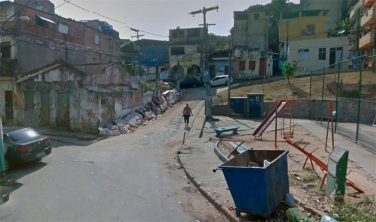 O feto foi encontrado na rua José Mariz Pinto, perto da Estrada da Rainha - Foto: Reprodução | Google Maps